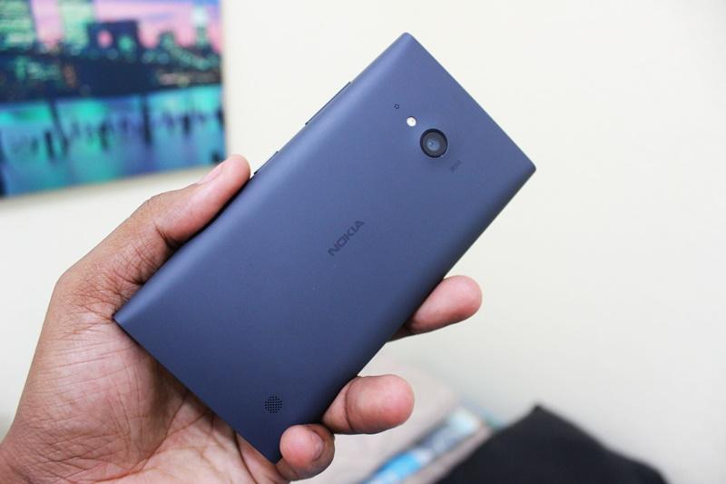 Lumia 730 3