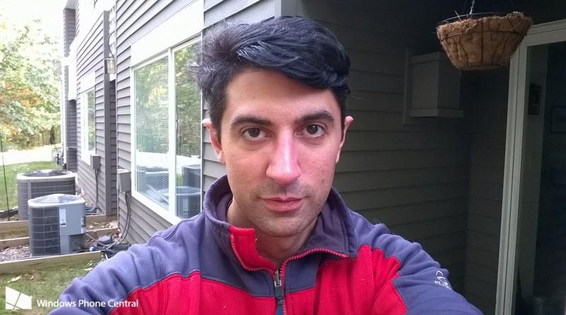 Lumia_735_Camera_Selfie_sample