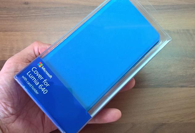 Lumia-640-Cyan-Flip Case cover