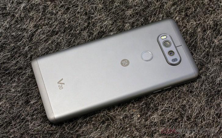 LG V20 UX